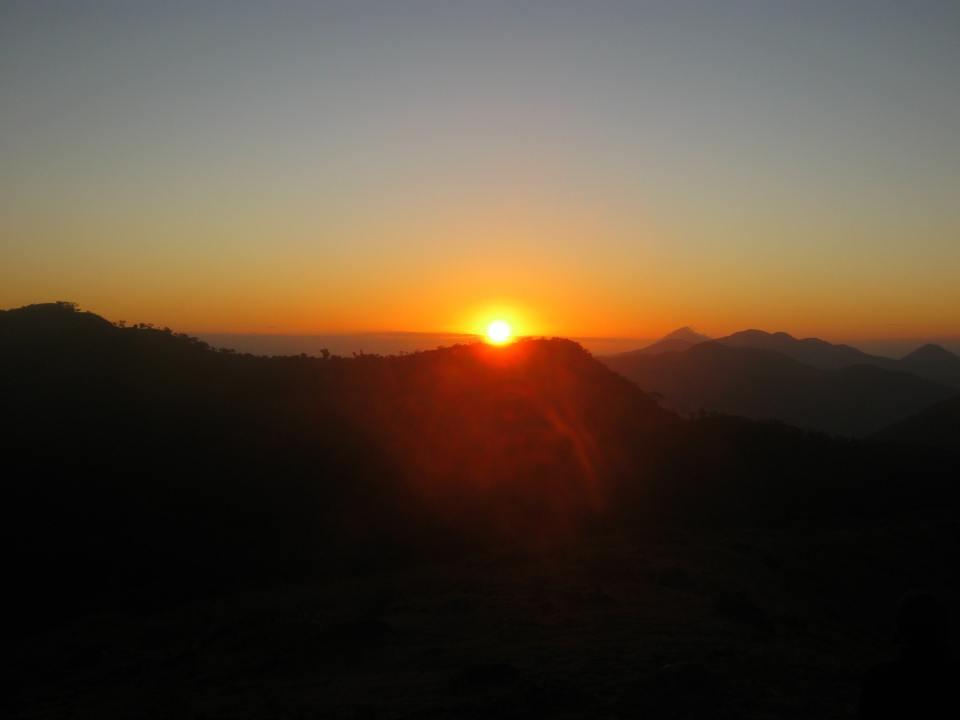 Sonnenaufgang bei Vulkan Telica