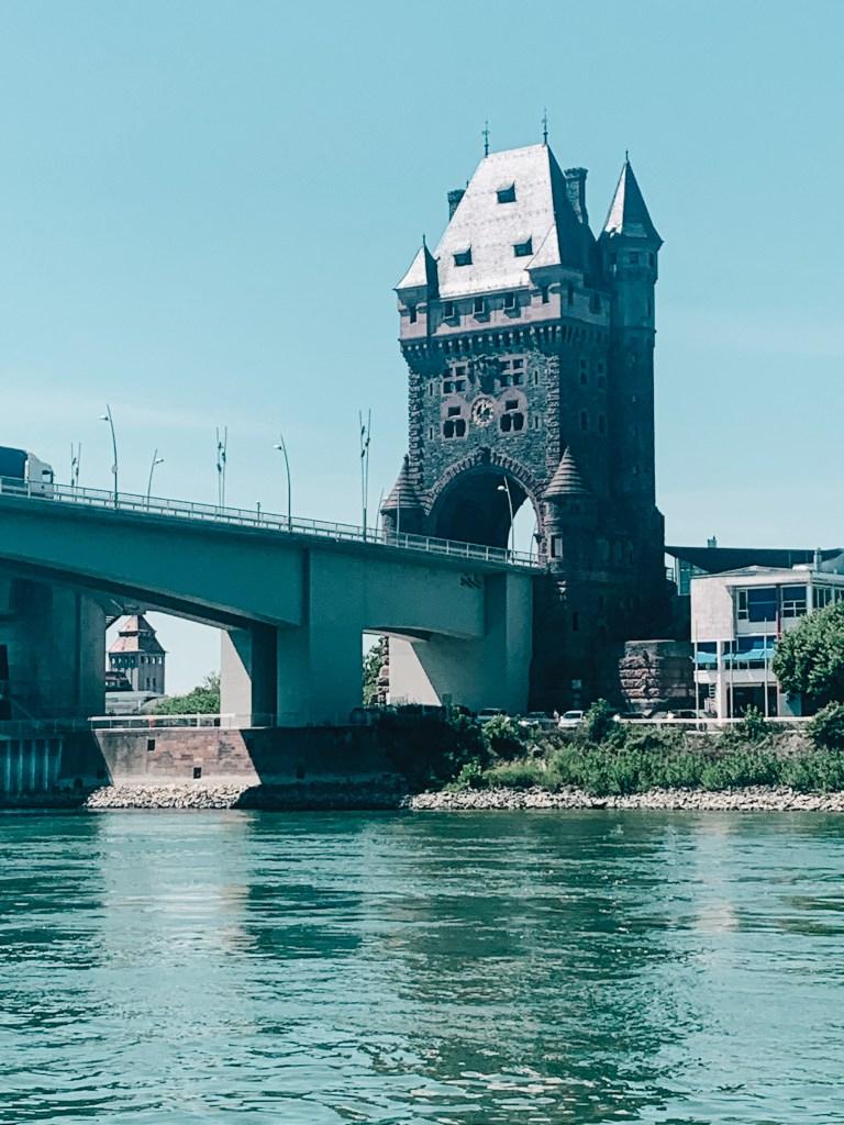 Worms auf der Rheintour mit dem Boot
