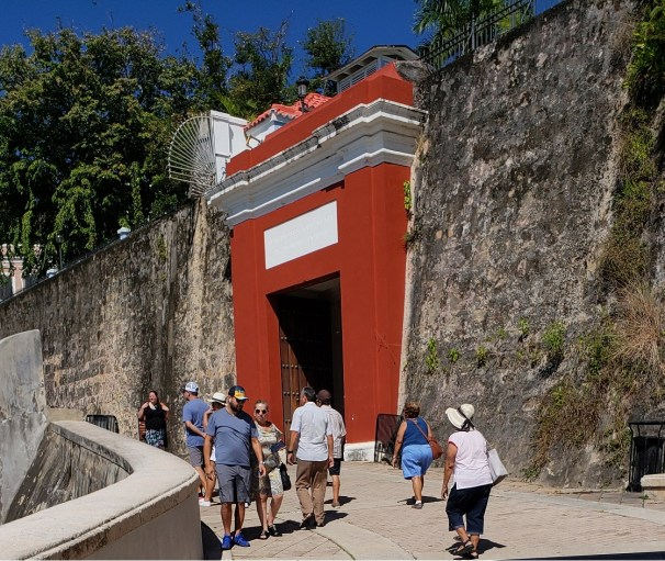 Only one gate leads into the Old San Juan city area
