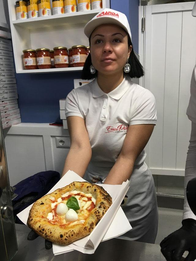 Pizza a portafoglio Napoli
