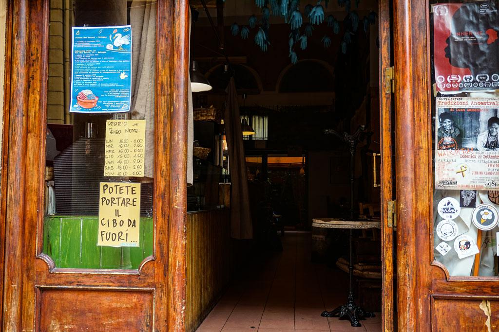 bar senza nome bologna
