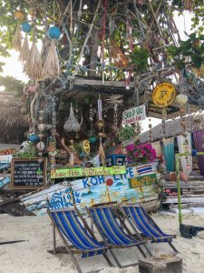 koh lipe beach bar