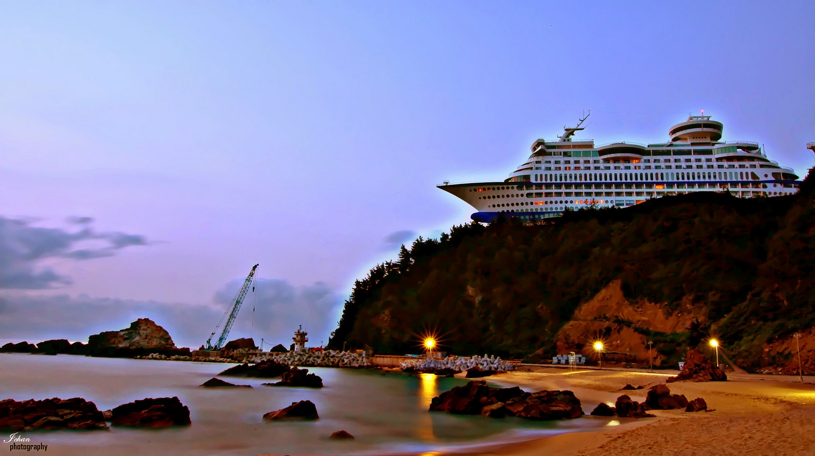 Sun cruise hotel south korea unusual places for Interesting hotels