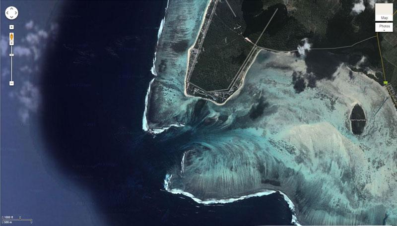 Satellite Photograph by DigitalGlobe via Google Maps