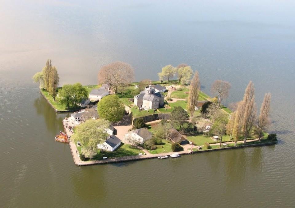 Wilhelmstein_Island13