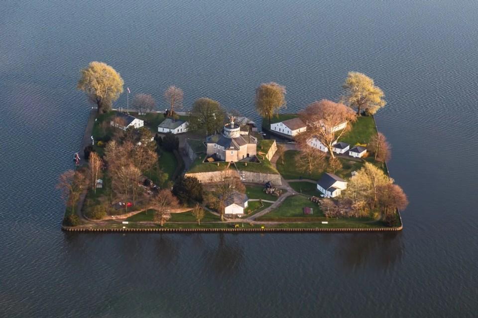Wilhelmstein_Island18
