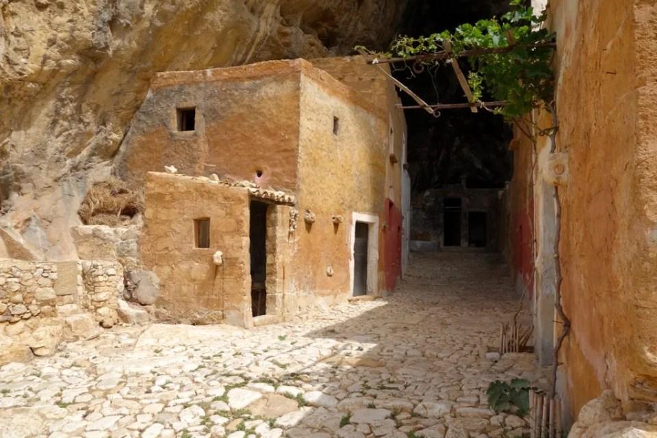 Grotta_Mangiapane4