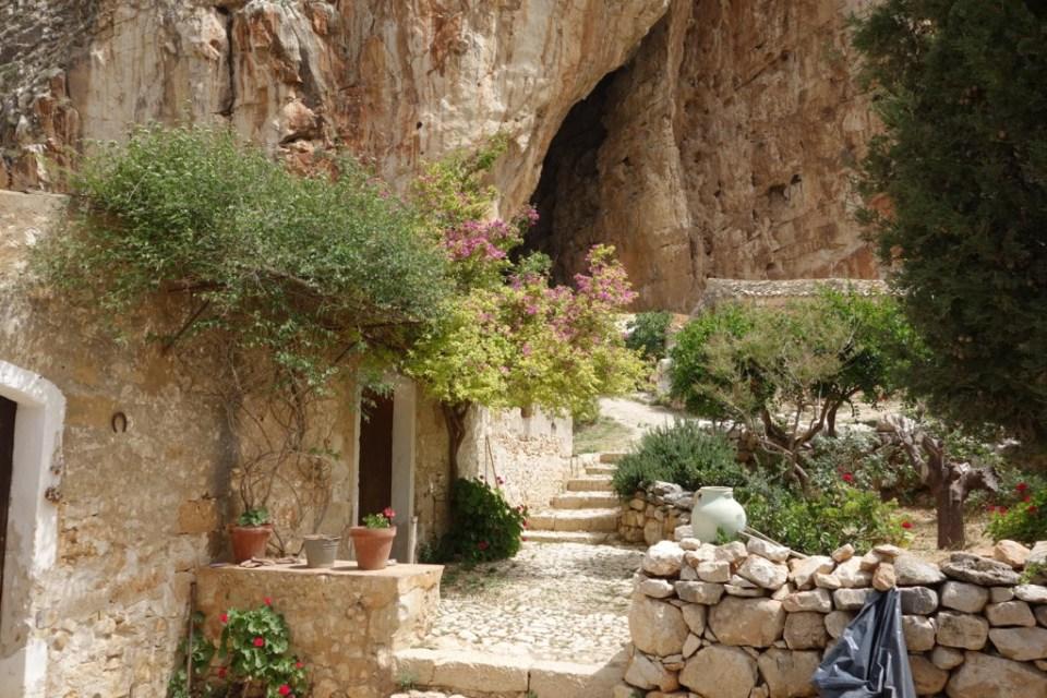 Grotta_Mangiapane5