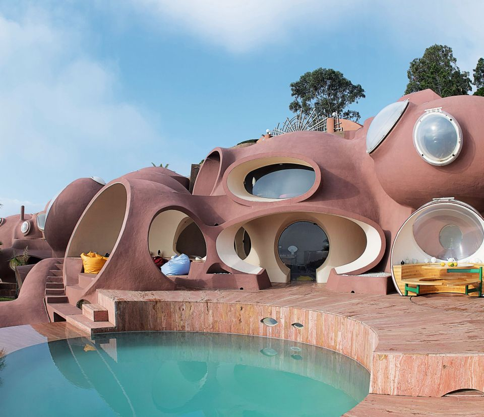 Bubble Palace, France