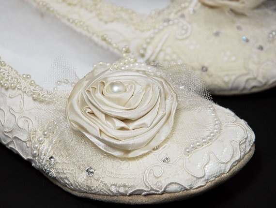 lace wedding slippers