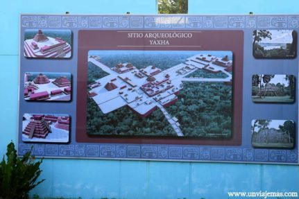 Mapa del complejo Yaxhá en el centro de visitantes