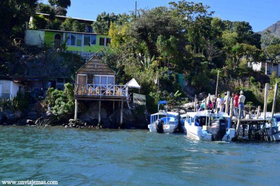 Llegando a San Juan La Laguna