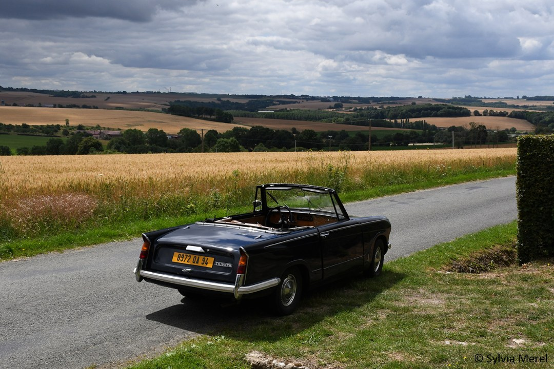 triumph-herald-location-perche