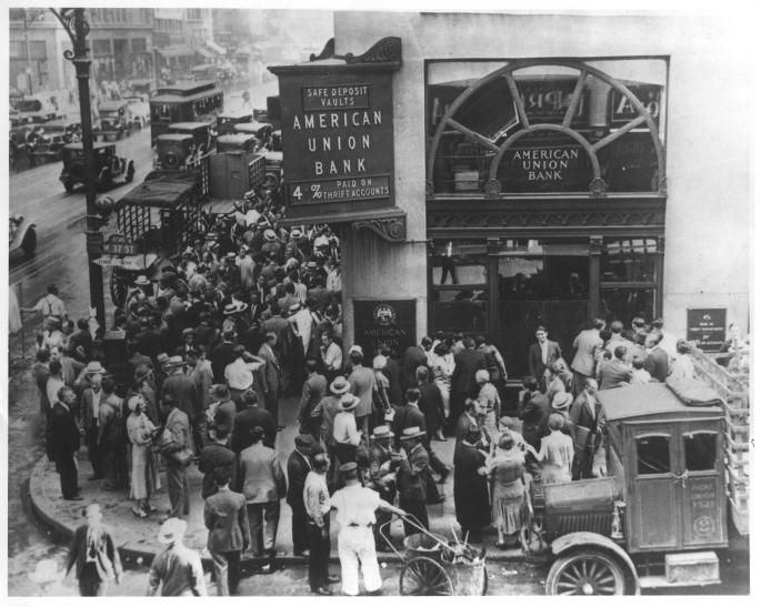 Groups of depositors in front of the closed American Union Bank, New York City.  April 26, 1932. 306-NT-677-B-177.476C