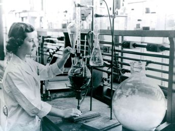 """""""Chemist."""" Date Taken: May 23, 1958 (Local ID:174-55-G-2)"""