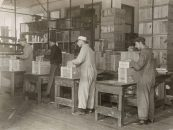 Manufacturing chewing gum for fighting men. The packing and shipping department of one of the largest manufacturers of chewing gum. The quartermaster department of the army has placed orders for millions of packages of gum for the men overseas. Local Identifier: 165-WW-192D-16.