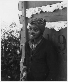 "Original Caption: ""Cortaro Farms, Pinal County, Arizona. Migratory cotton picker on Cortaro Farms."" Photographer: Dorothea Lange. Date: November 1940. Local ID: 83-G-44339 (NAID 522508)"