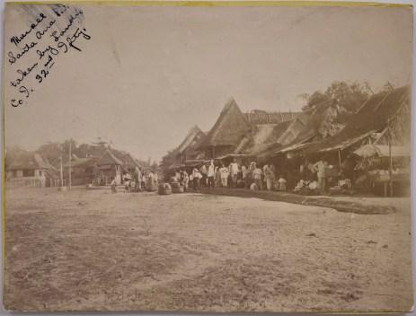 "Original Caption: ""Market, Santa Ana, [Philippine Islands], Taken by Jack Landis, Co. I. 32nd Infantry."" 94-SAW-5 (NAID: 158095313)"