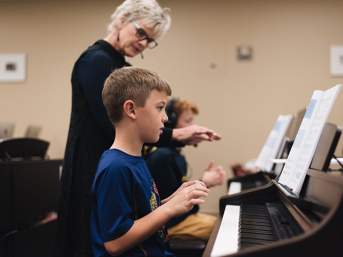 UNW   Group Piano Lessons