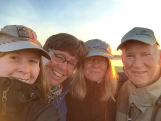 Ett peppat lag Hjälstaviken inför start! Från vänster Nina Janelm, Lena Krogh, Anita Janelm, Pekka Westin.