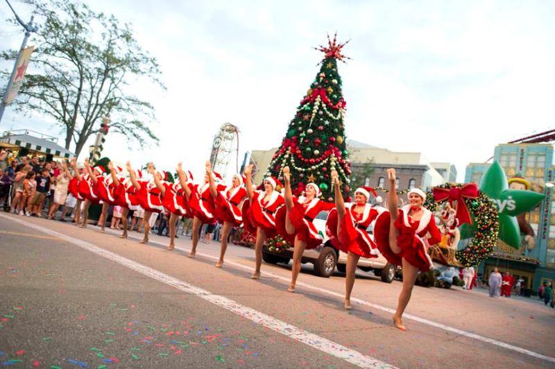 -resources-digitalassets-Macy's Holiday Parade 7 - LR