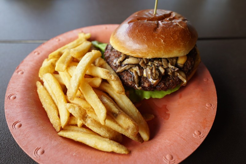 bambu-jungle-quinoa-edamame-burger
