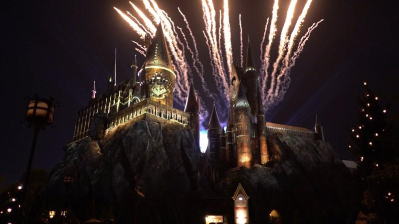 nighttimelightshogwarts-hogwarts