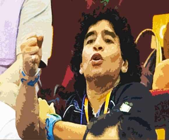 Maradona-ombrello-fisco