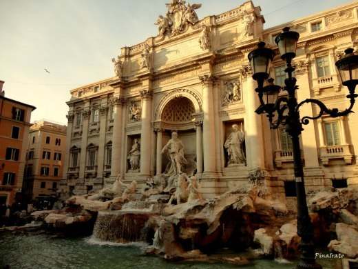 Fontana di Trevi 2013 2
