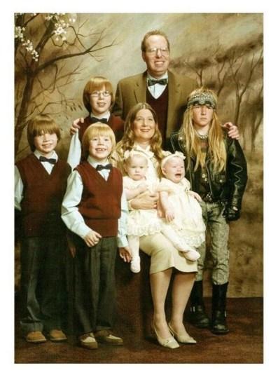 Strange family 10