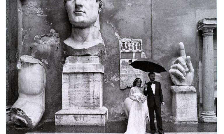 Gianni Berengo Gardin Roma - Casale di S. Maria Nova sull'Appia Antica, fino al 12 gennaio 2020, a cura di Giuliano Sergio