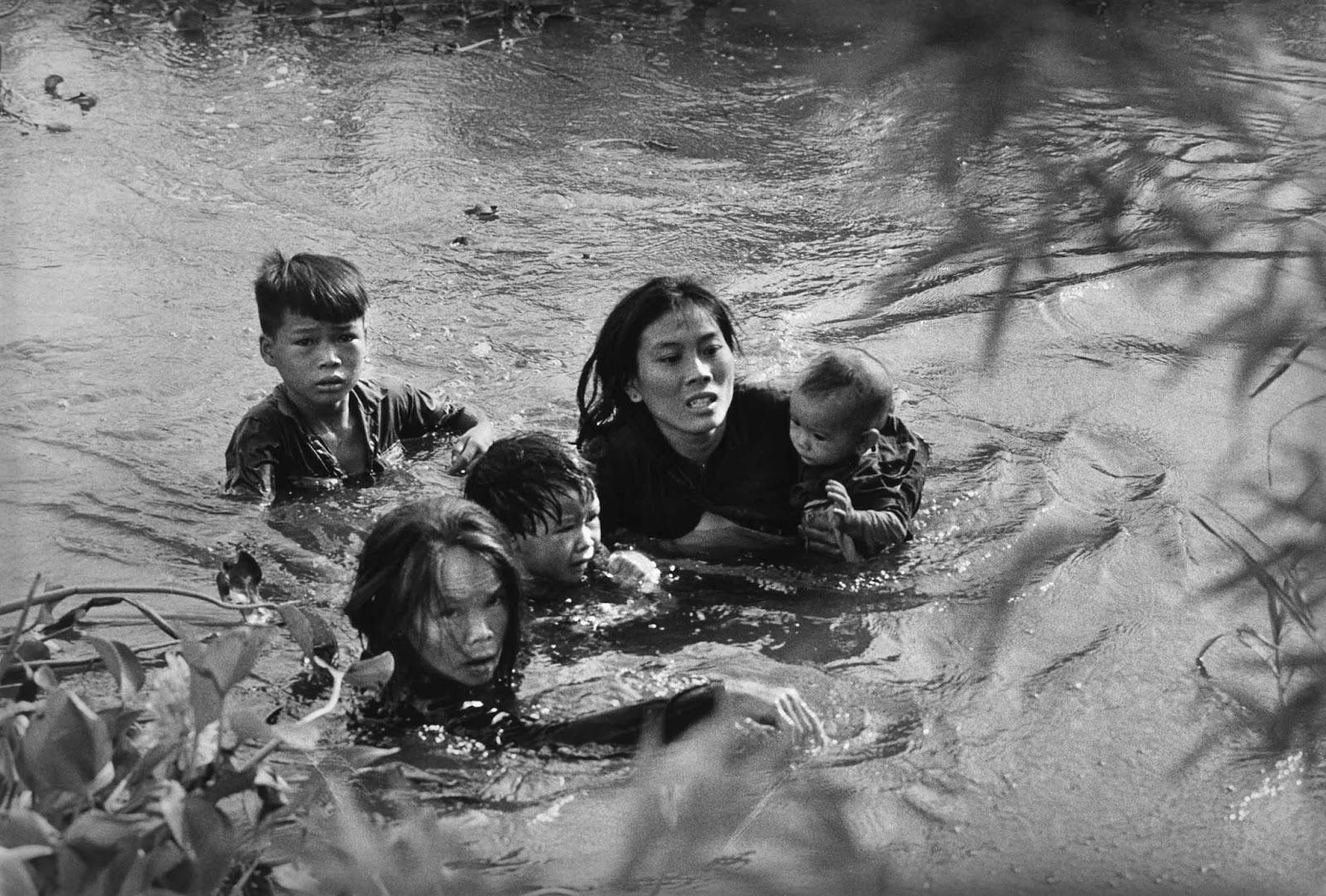Era il 1965: la foto di Kyōichi Sawada e la Guerra del Vietnam • Uozzart