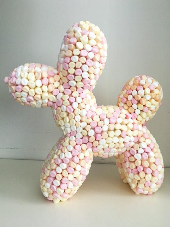 Alessandra Pielleri, Koons Ballon Dog