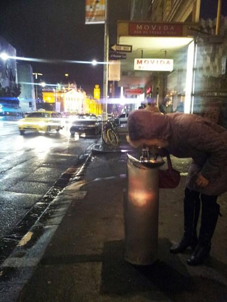 Essa foto foi tirada no inverno passado no coração de Melbourne. Existem vários bebedouros espalhados pelas ruas, amo!