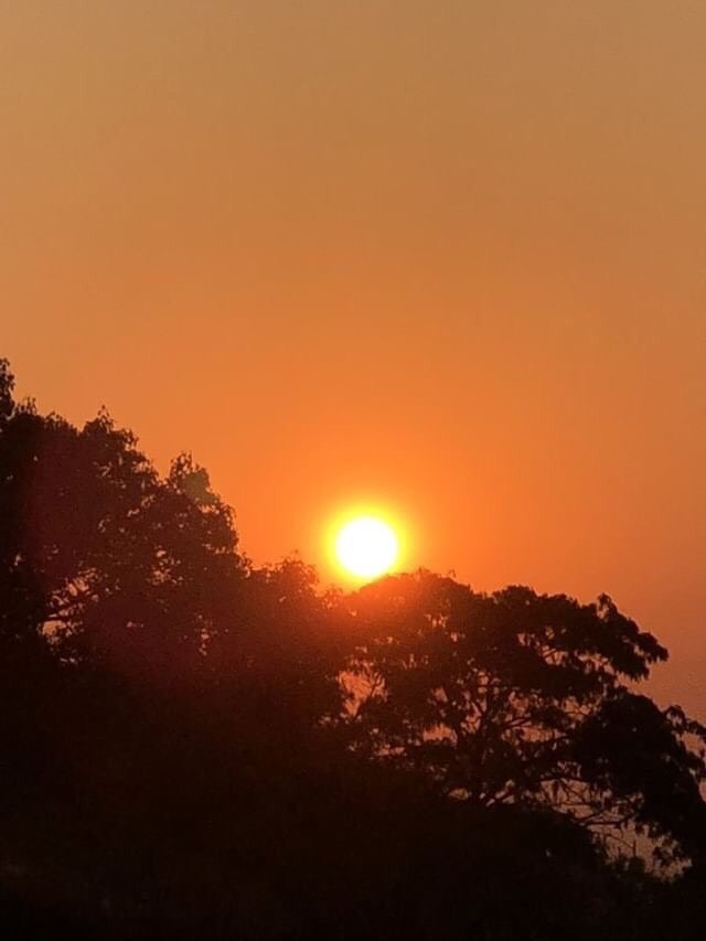 The+sun+shines+through+the+smoke-filled+sky+in+the+Bay+Area.+It+could+be+until+next+week+when+the+smoke+begins+to+clear+out%2C+according+to+the+San+Francisco+Chronicle.