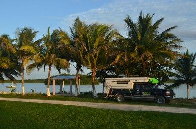 Nuestro lugar de camping en Copperbank, al lado del lago