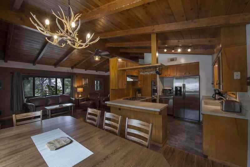 Best places to stay near Yosemite - Frontiersman Cabin