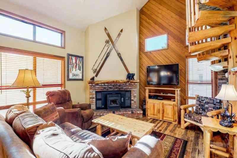 Mammoth Cabin Rentals