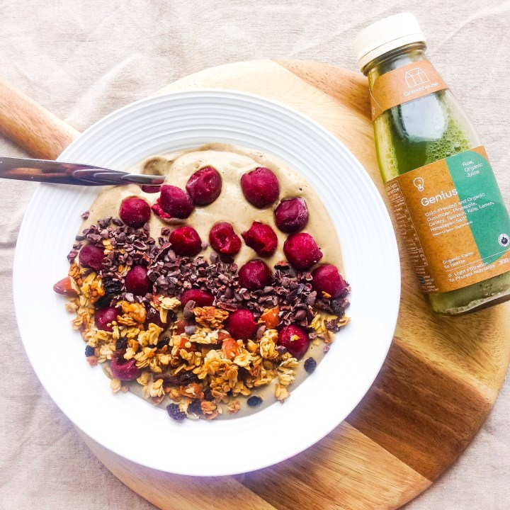 Oh She Glows In the Buff Smoothie Bowl