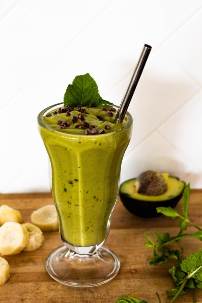 Matcha Avcoado Mint Chip Smoothie: A fresh-tasting, thick, nourishing smoothie!