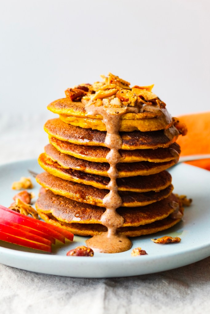 Pumpkin Spice Oatmeal Blender Pancakes | UpBeet Kitchen