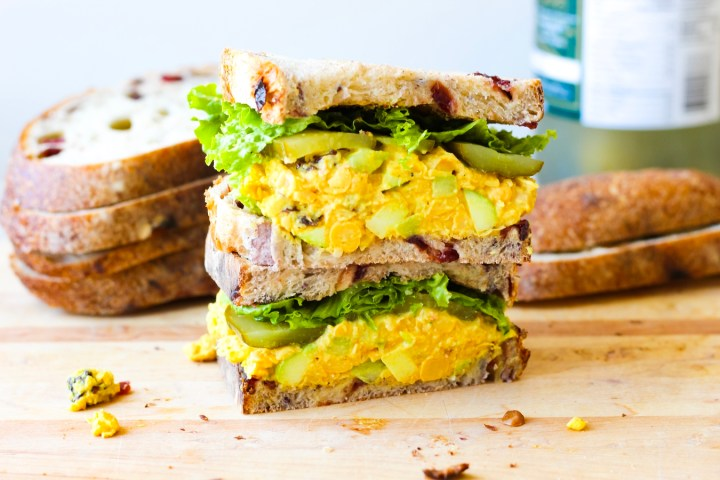 Curried Chickpea Salad Sandwich (Vegan)