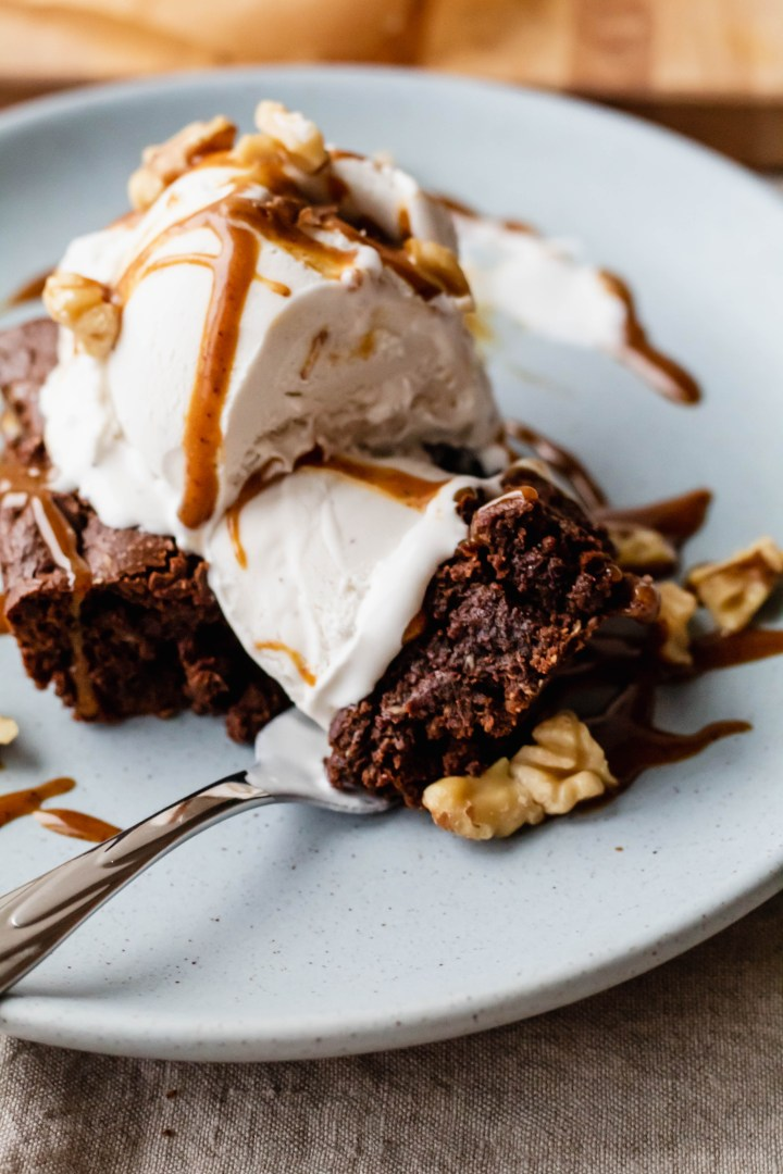 One bit of this AMAZING vegan pumpkin spice almond butter brownie, and you'll think that you've died and gone to heaven.