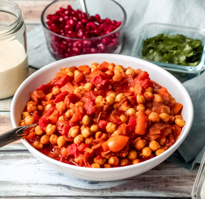 straight on shot of the Moroccan chickpeas in a large bowl