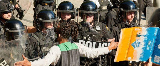 Manifestant Floyd