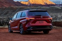 2022 Toyota Sienna Pictures