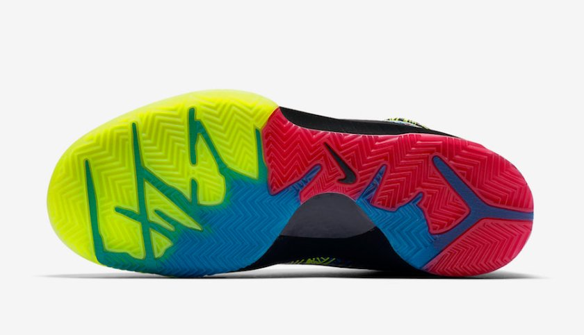 Nike Kobe 4 with Black tumbler