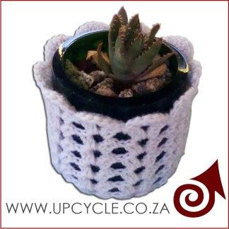plant pot glass and crochet