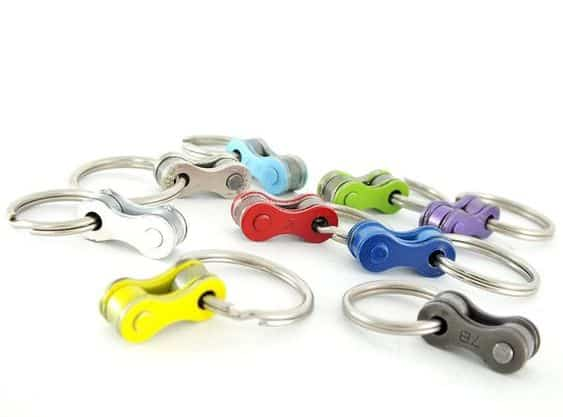 Last minute fathers day gifts - bicycle chain keychain