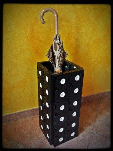 vhs umbrella stand